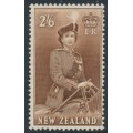 NEW ZEALAND - 1957 2/6 brown QEII on a horse, MNH - SG # 733d