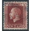 NEW ZEALAND - 1915 7½d red-brown KGV definitive, perf. 14:13½, used – SG # 426