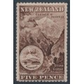 NEW ZEALAND - 1906 5d red-brown Mt. Ruapehu, perf. 14:14, single watermark, MH – SG # 323a