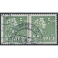 SWEDEN - 1940 5öre green Bellman, perf. 3-sides + 4-sides pair, used – Facit # 324BC