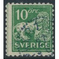 SWEDEN - 1921 10öre green Lion, perf. 9¾ on 4-sides, KPV watermark, used – Facit # 144Cbz