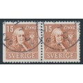 SWEDEN - 1939 15öre brown Linné, perf. 3-sides + 4-sides pair, used – Facit # 321BC