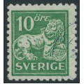 SWEDEN - 1921 10öre green Lion, perf. 9¾ on 4-sides, '/' watermark, used – Facit # 144Ccx